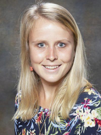 Miss Lauren Hoaston